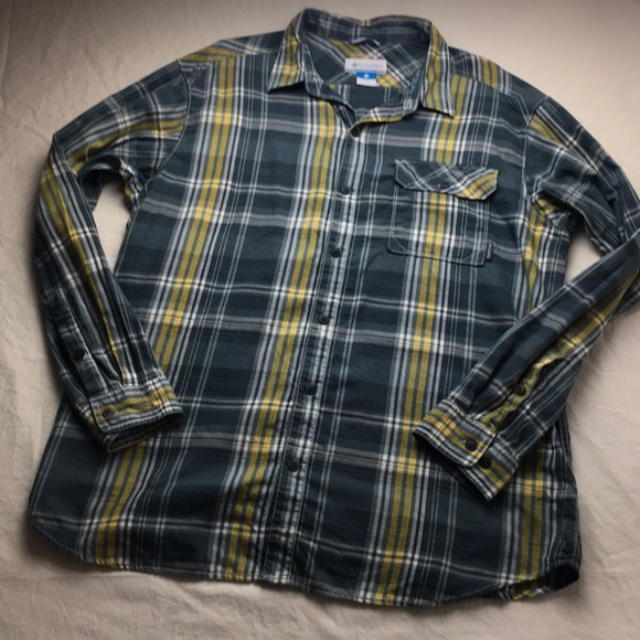 64d527562ce Columbia Shirts   Mens Omniwick Flannel Button Up   Poshmark